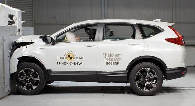 Honda CR-V 2019 vượt mặt Mercedes-Benz G-Class 2019 trong bài đánh giá an toàn của Euro NCAP